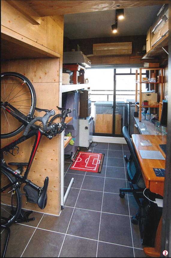 マンションの1室をガレージ化した「男の趣味工房」